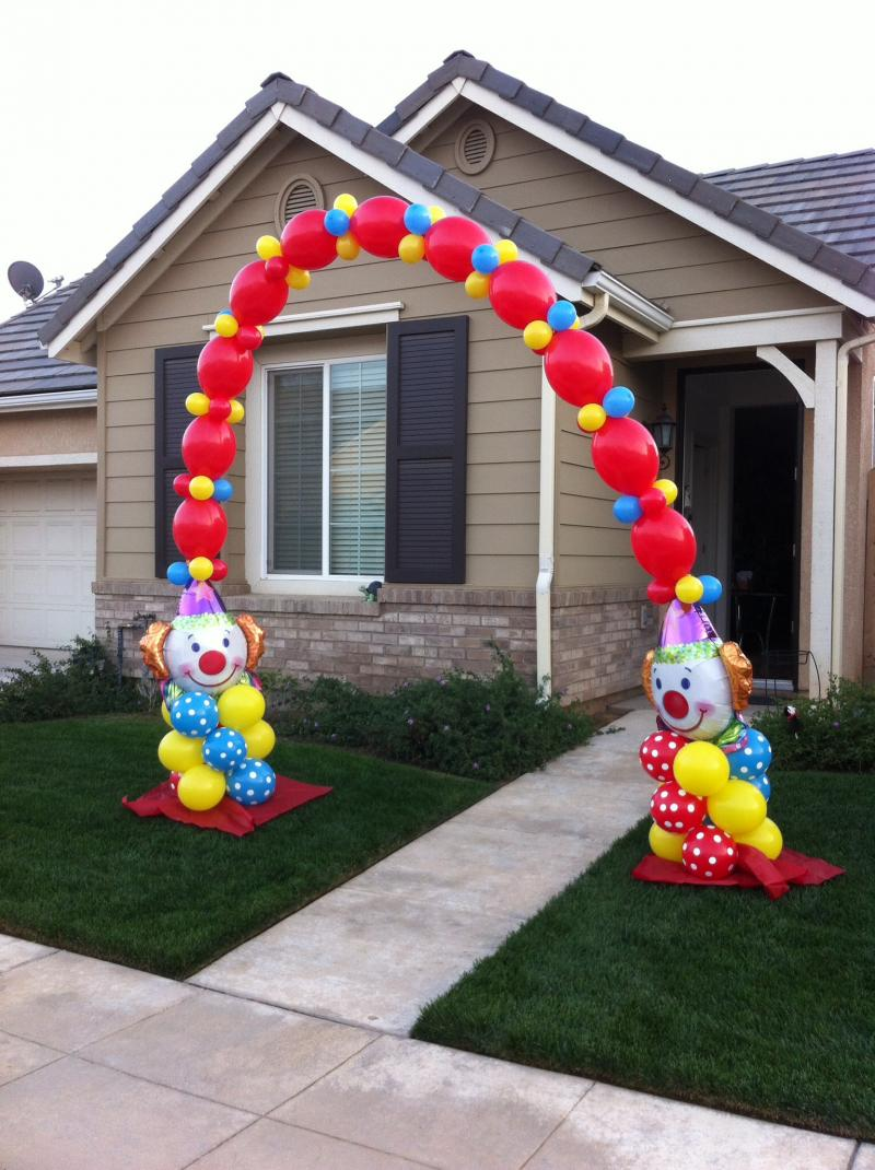 Balloon decor of central california arches for Balloon decoration arches