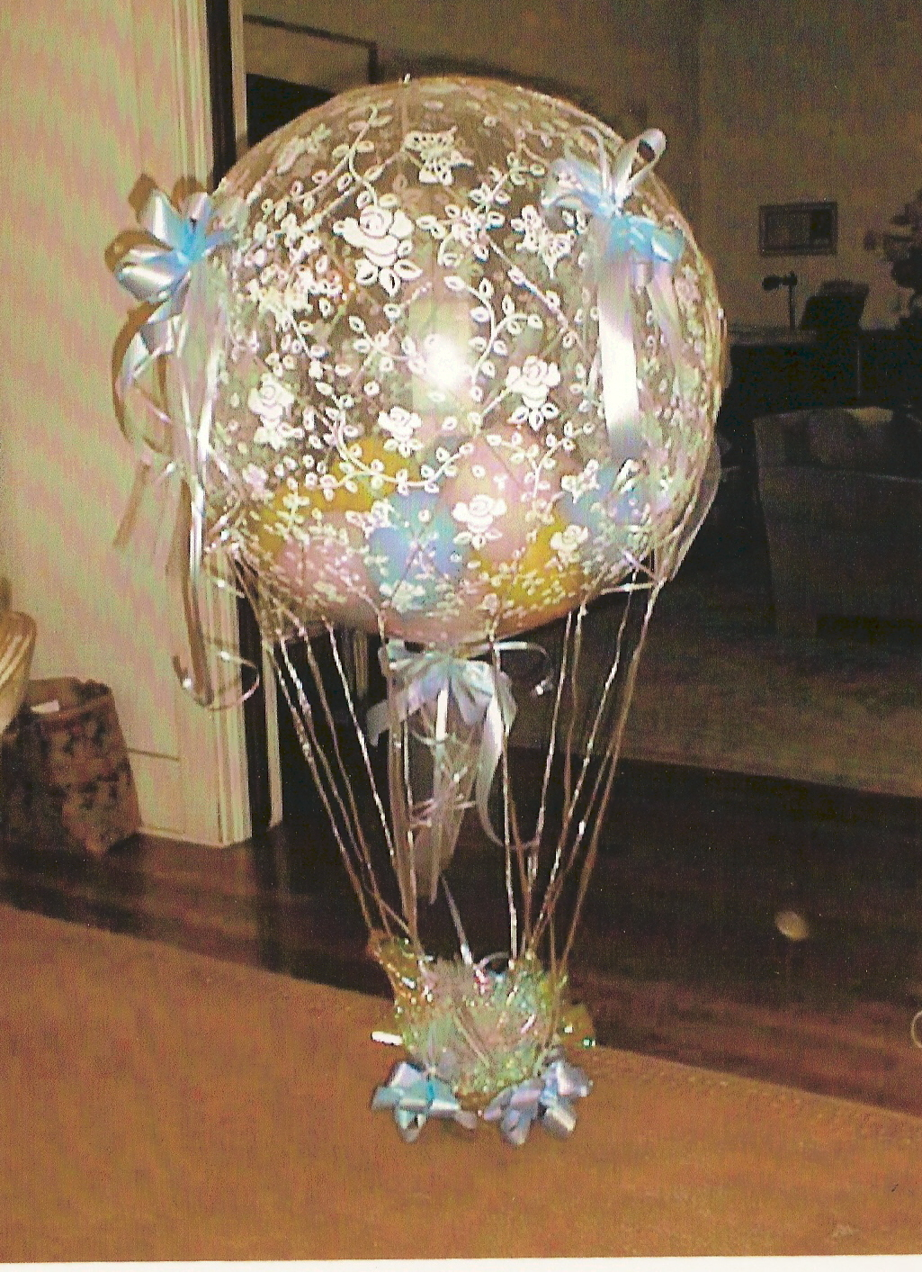 HOT AIR BALLOON MADE WITH A 3 FT. HELIUM BALLOON