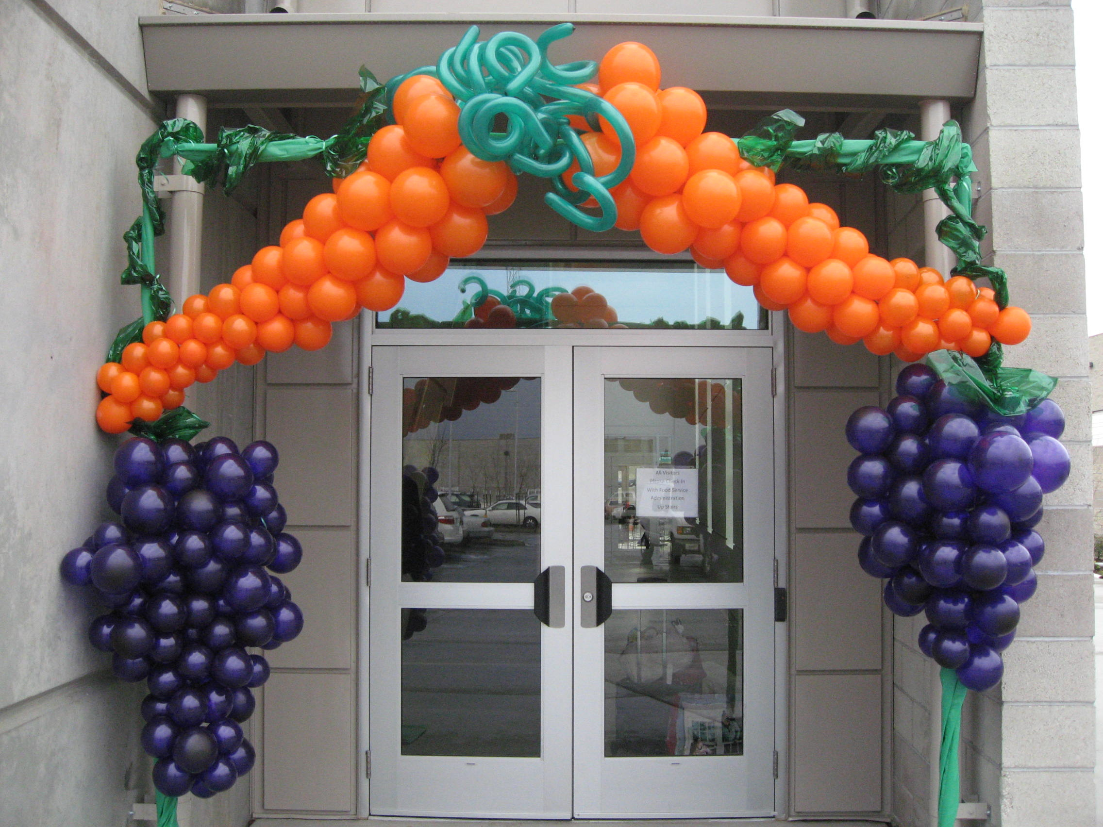 Sports Themed Balloon Decor 17 Best Images About Balloons With Fruit On Pinterest Balloons