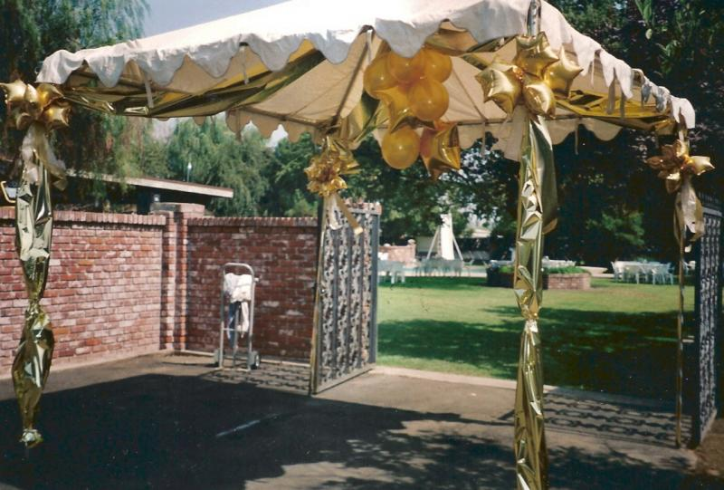 DECORATE ENTRANCE TENT WITH BALLOONS AND MYLAR & Balloon Decor of Central California - TENT DECOR