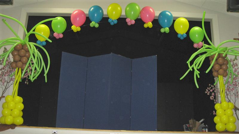 Remarkable Graduation Stage Balloon Arch Decorations 800 x 450 · 42 kB · jpeg